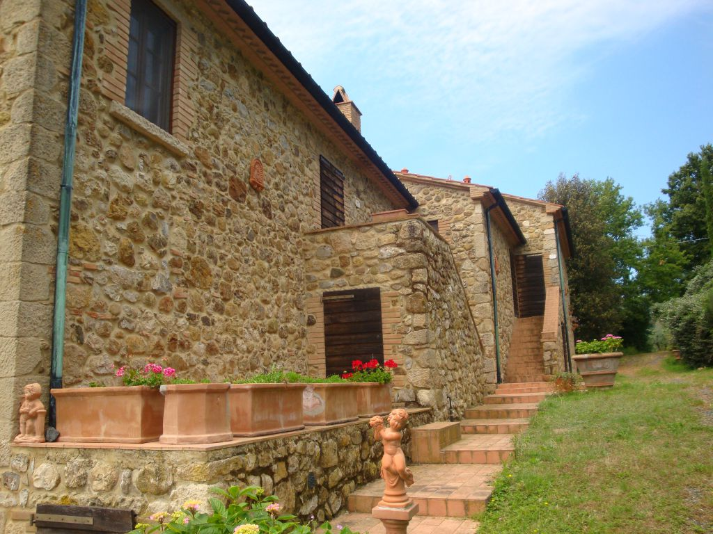 AGRITURISMO VENDITA Pomarance